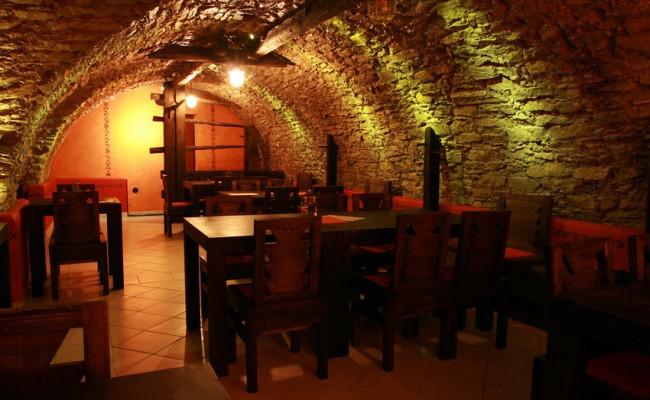 059-Restaurant-Tibor
